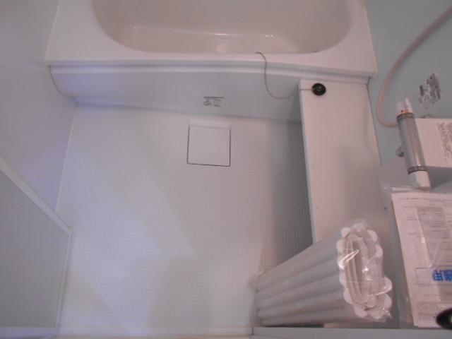 メゾン朝月 205号室の風呂