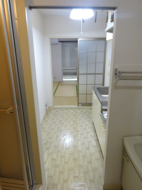 フレグランス井上 202号室のベッドルーム