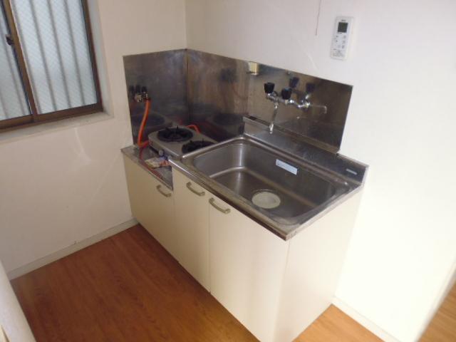 ハイツジュン 301号室のキッチン