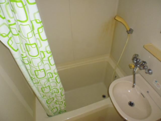 ハイツジュン 301号室の風呂