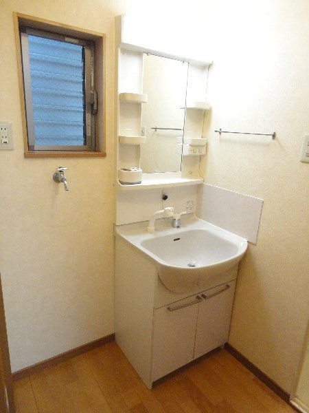 mity桂(ミティ桂) 2F号室の洗面所