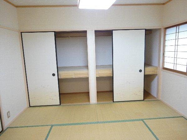 mity桂(ミティ桂) 2F号室の収納