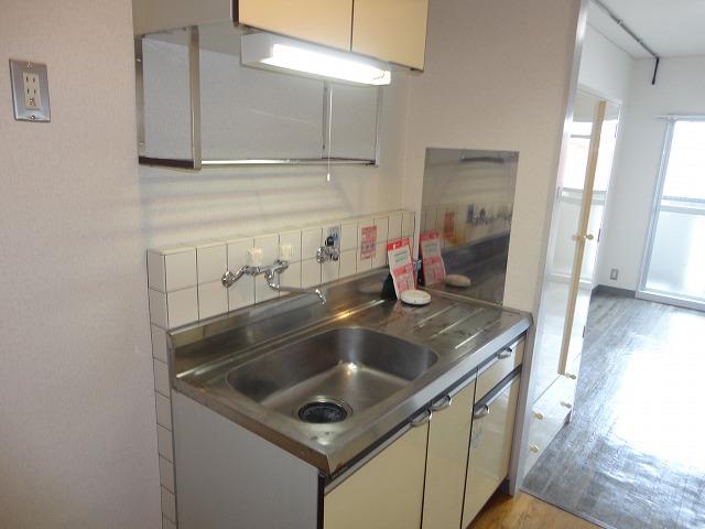 EXE'88 302号室のキッチン