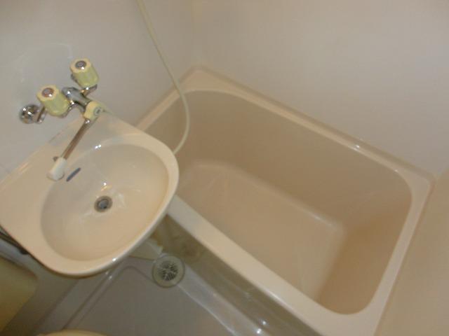 EXE'88 302号室の風呂