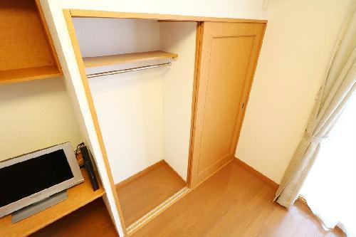 レオパレスおおやぶ 101号室のトイレ
