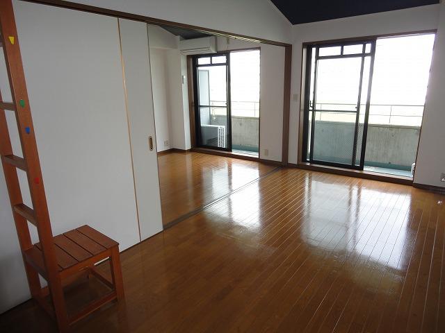 レグルス京都 308号室の玄関
