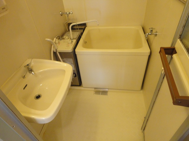 プレジールK 105号室の風呂