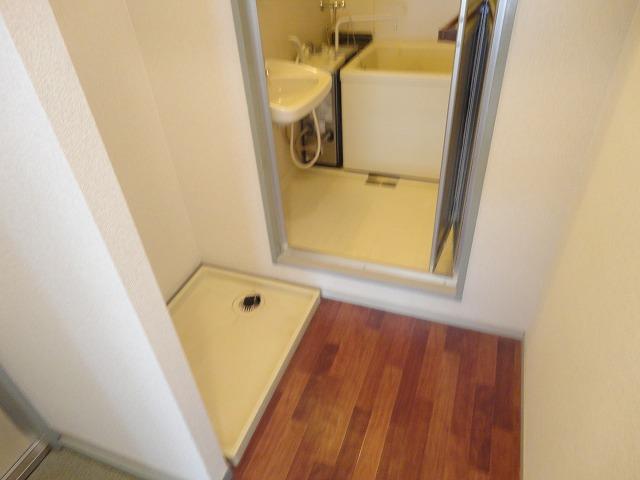 プレジールK 105号室の洗面所