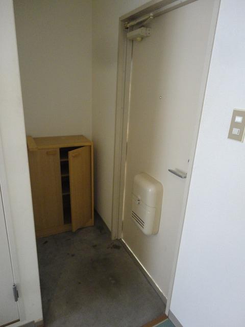 加賀山コーポ5 53号室の玄関