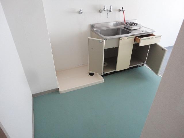 加賀山コーポ5 53号室の居室