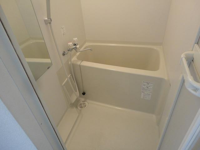 加賀山コーポ5 53号室の風呂