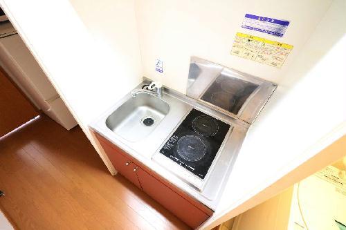 レオパレスJ 201号室のキッチン