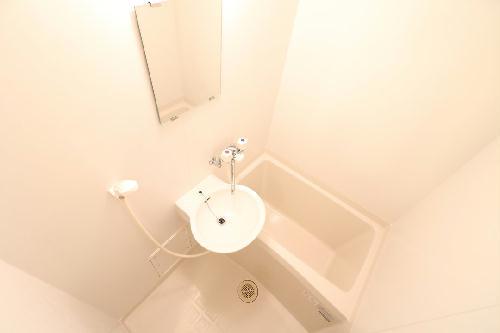 レオパレスJ 201号室の風呂