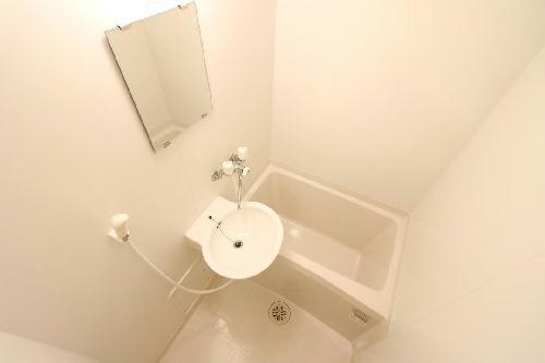 レオパレスALTAⅢ 202号室の風呂
