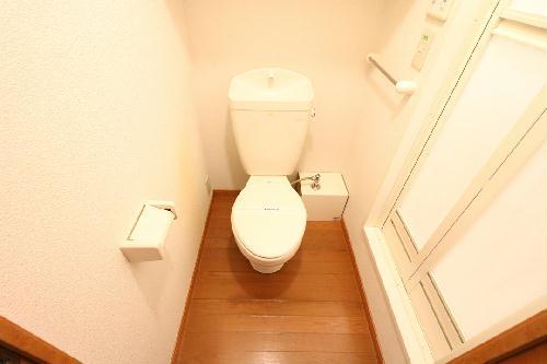 レオパレスALTAⅢ 202号室のトイレ