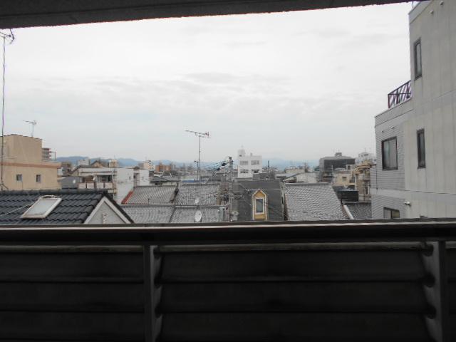 ビバ丸太町 403号室の景色