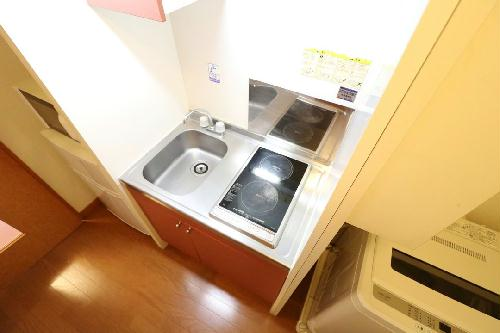 レオパレスDeerFieldⅡ 103号室のキッチン