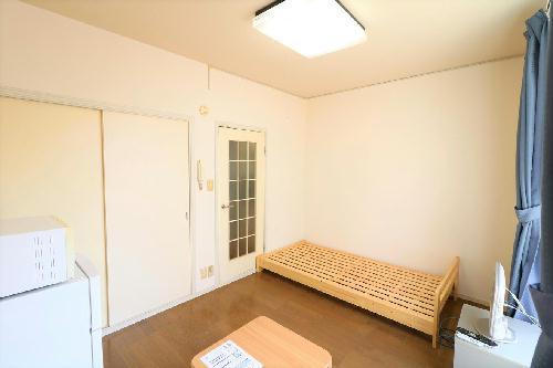 レオパレスナカイ 104号室のキッチン
