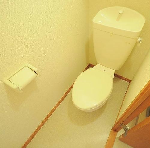 レオパレスMIHALU 205号室のトイレ