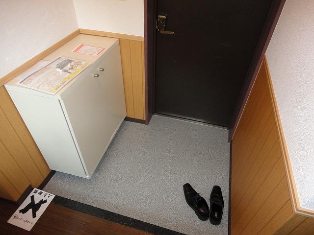 ヴェルデ三番館 103号室の収納