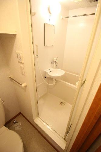 レオパレス石塚 205号室の風呂