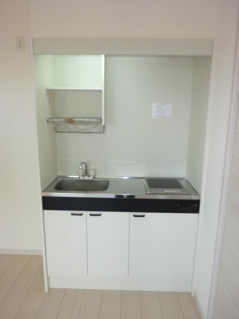 伊藤レジデンス 201号室のキッチン
