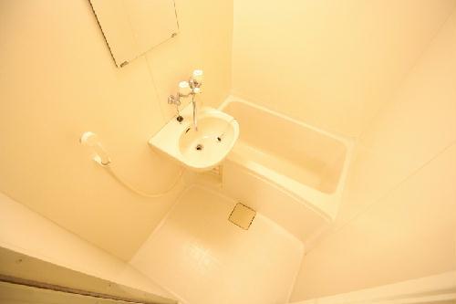 レオパレスLA PRIMAVERA 203号室の風呂