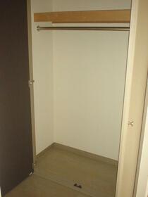サンハウス御池 101号室の収納