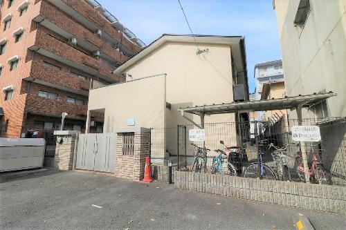 レオパレスJ BOX Ⅳ 101号室の外観