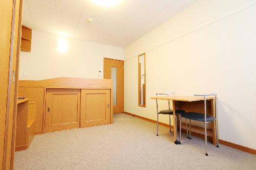 レオパレスJ BOX Ⅲ 204号室の収納