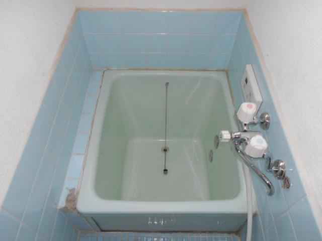太秦森ヶ西町貸家の風呂