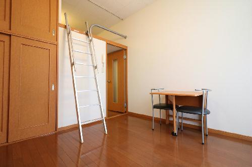 レオパレスボヌール 104号室の風呂