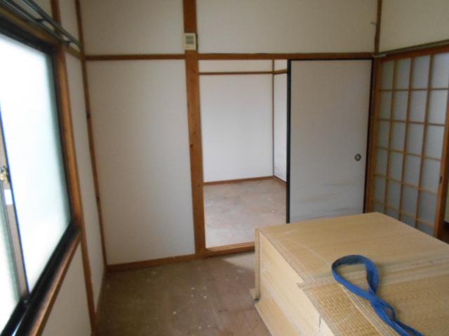 岡部マンション 205号室のキッチン