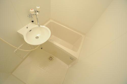レオパレスモンフレール 201号室の風呂