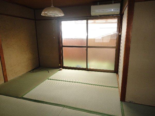 上豆田町貸家のリビング