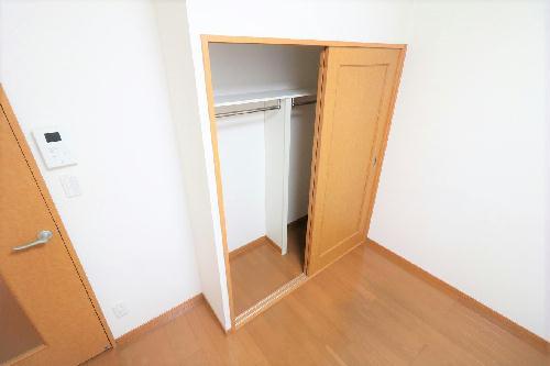 レオパレス清水 101号室のトイレ
