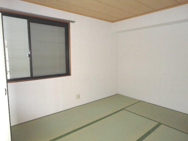アメニティ45 B105号室の居室