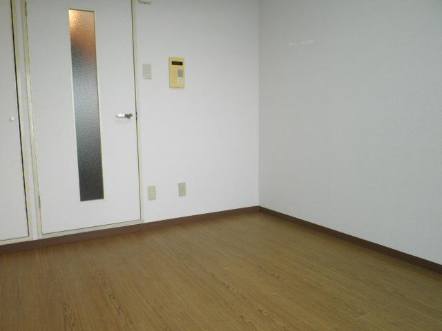 ラフォーレ助松 4B号室のその他