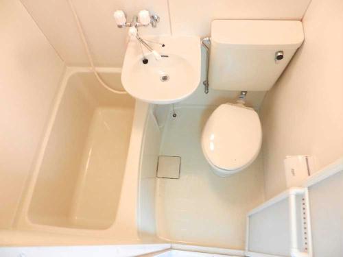 レオパレス千亀利 206号室の風呂