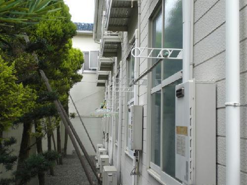 レオパレス千亀利 206号室のバルコニー