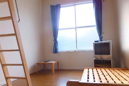 レオパレスFUKUMURAⅡ 101号室のリビング