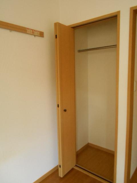 原町田ハウスメント 203号室の収納