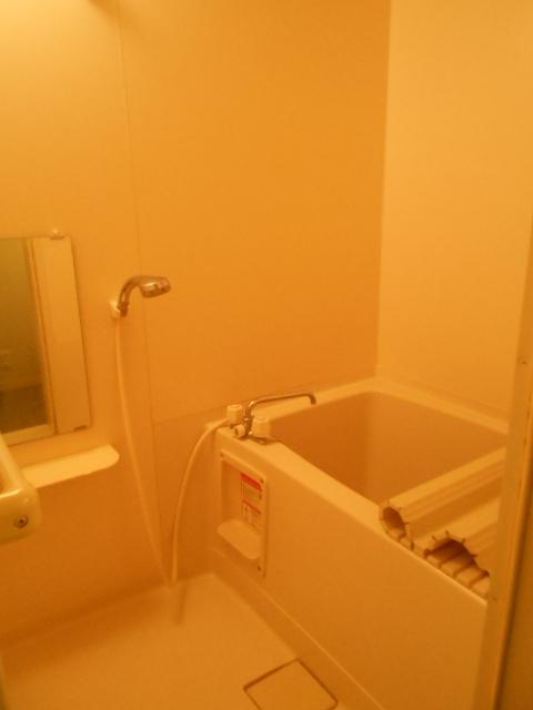 原町田ハウスメント 203号室の風呂