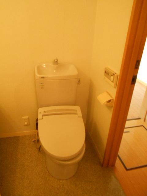 原町田ハウスメント 203号室のトイレ