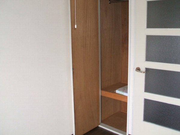 ユウパレス穴田 3E号室の収納
