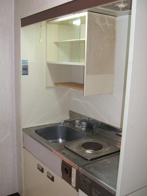 アネーロ岸和田 302号室のキッチン