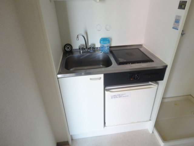 レナジア和泉府中 406号室のキッチン