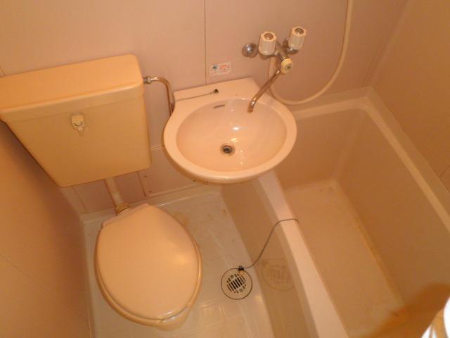 ウェルフェアー光明 403号室の風呂