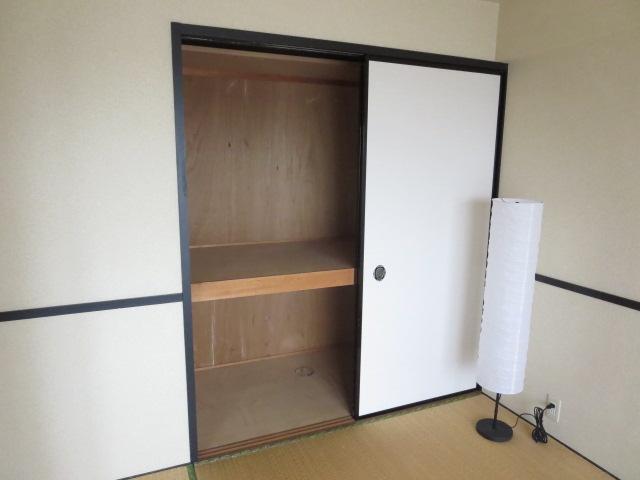 C・ISLAND14 601号室の収納