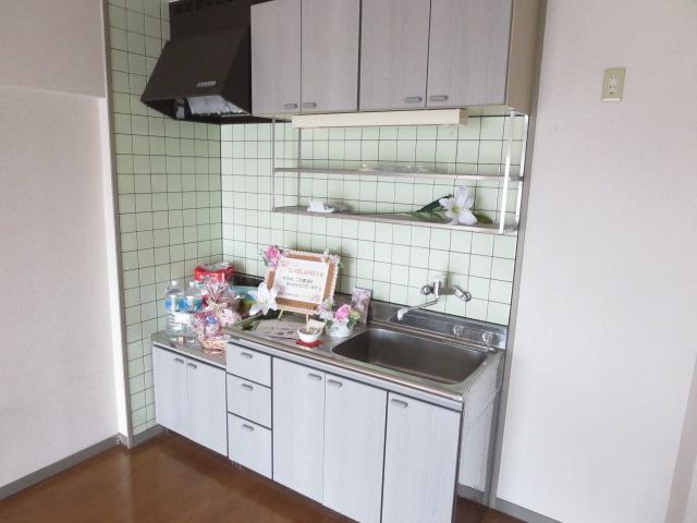 C・ISLAND14 601号室のキッチン